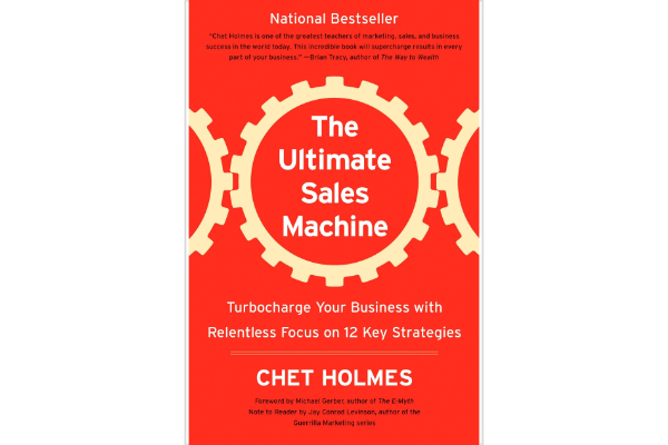 The Ultimate Sales Machine Chet Holmes - The most useful part of this book describes the principles of educational marketing. Also, the mindset of pigheaded discipline in targeting the most desired clients is quite memorable. Nonetheless, most of the content felt time-worn, the structure was hard to follow, and it was delivered with American grandeur. There were good moments, but the delivery was not to my liking. (2/5)