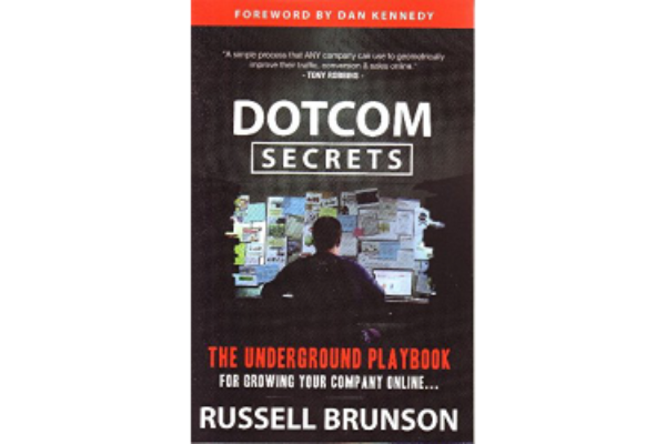 DotCom SecretsRussell Brunson - A bible-like tome on building value ladders and marketing funnels to grow business. However, I find the tone ill-suited for European culture. So I recommend that you reflect on the principles behind and leave the practicalities to our friends overseas.(4/5)