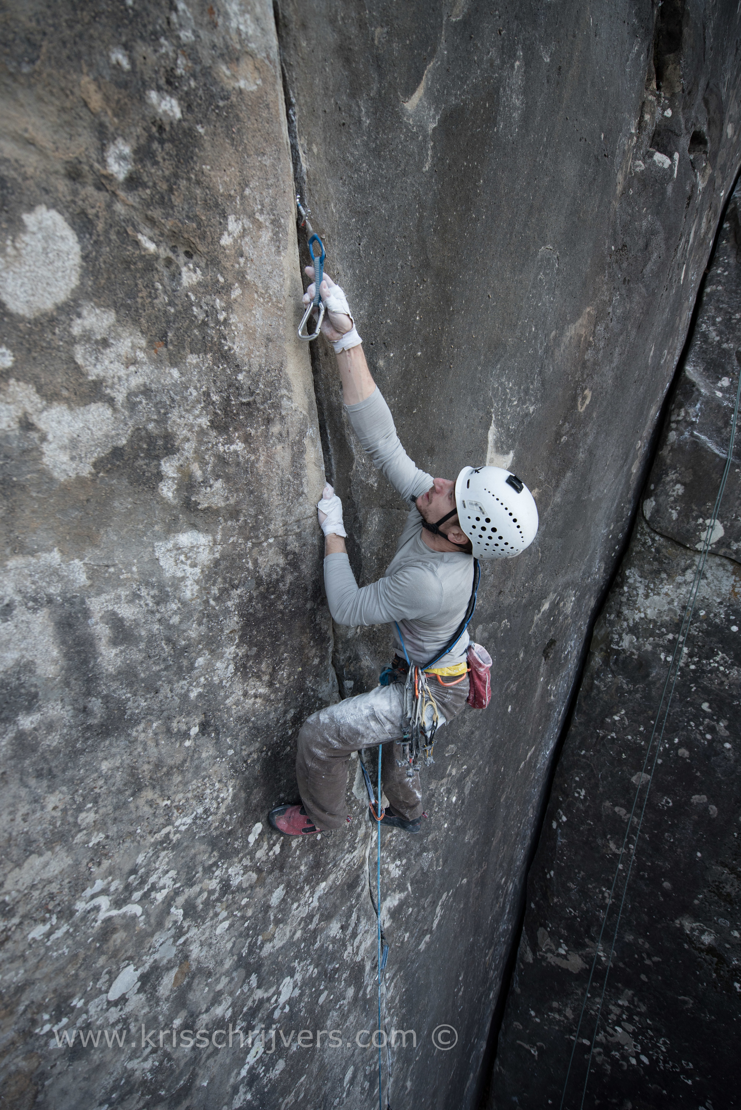 Pure finger 7c (5.12d)
