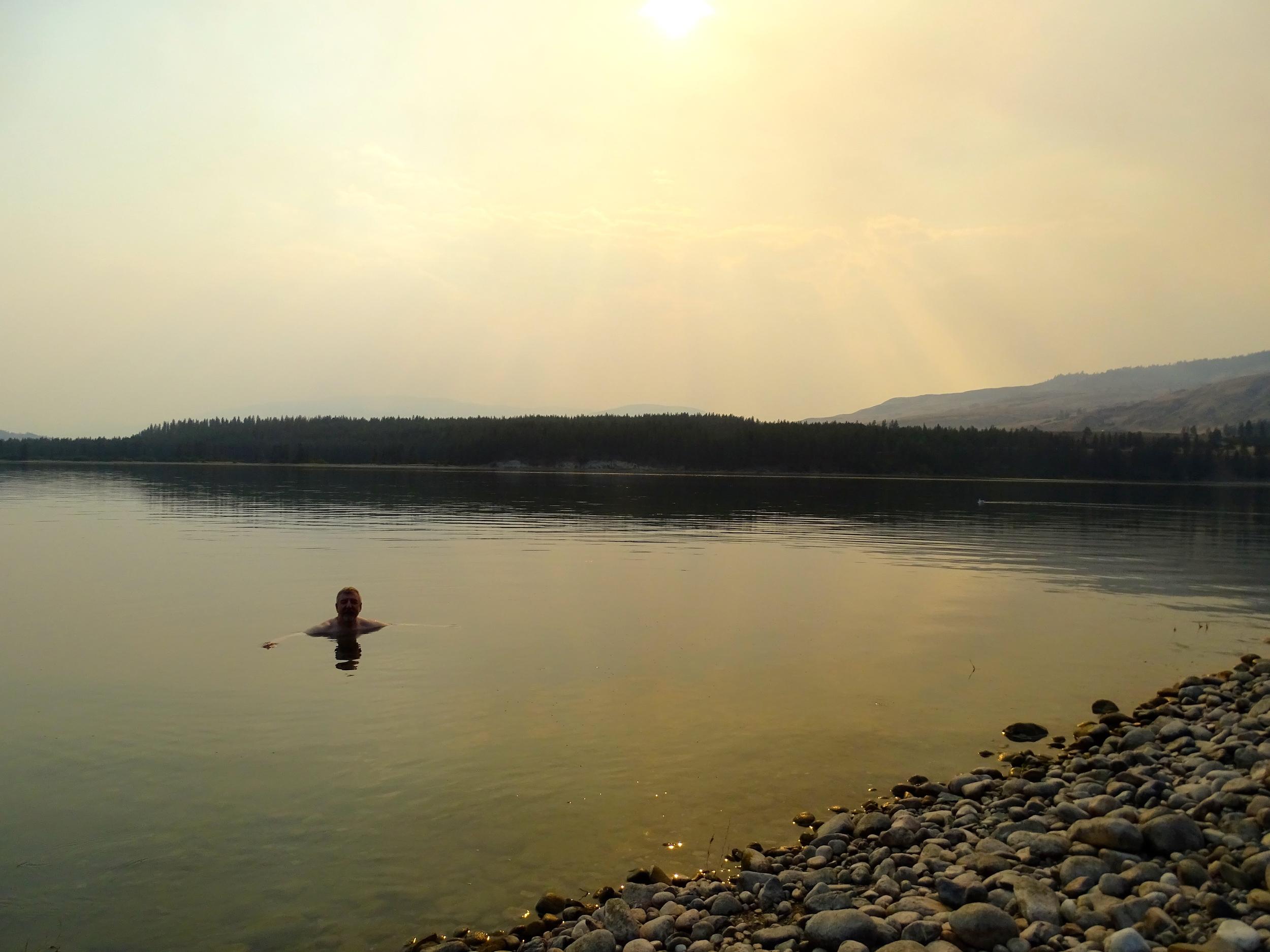 Swim (aka bath) in Roosevelt Lake
