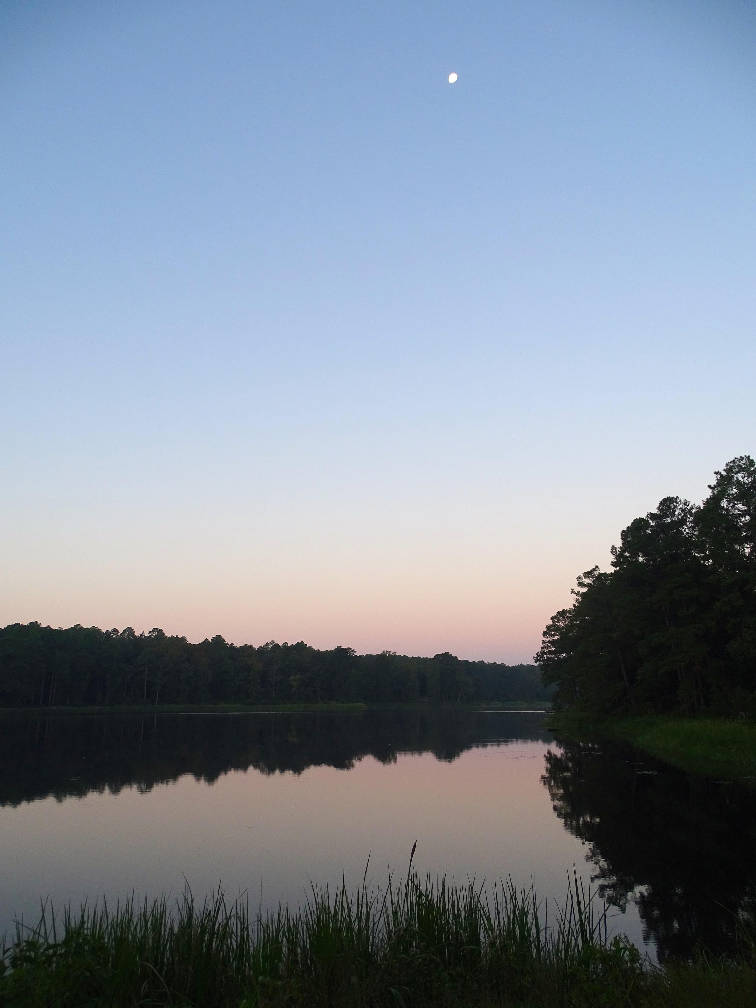 Sunrise at Valentine Lake