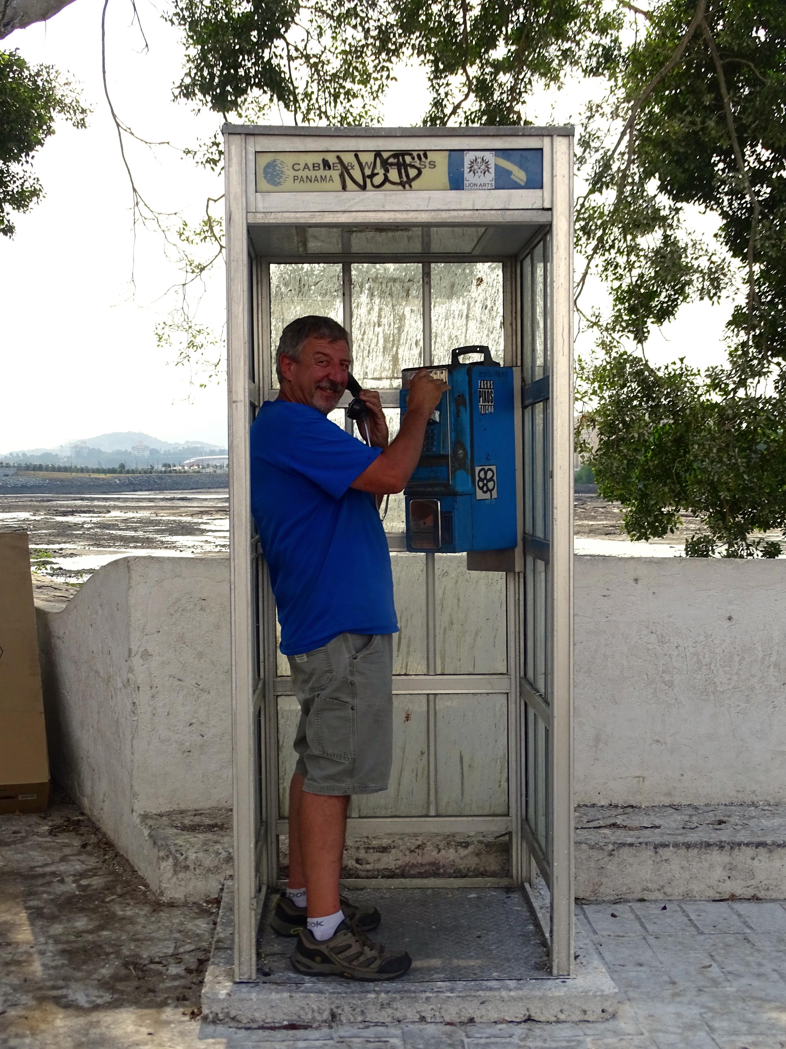 Keith phoning home...haha