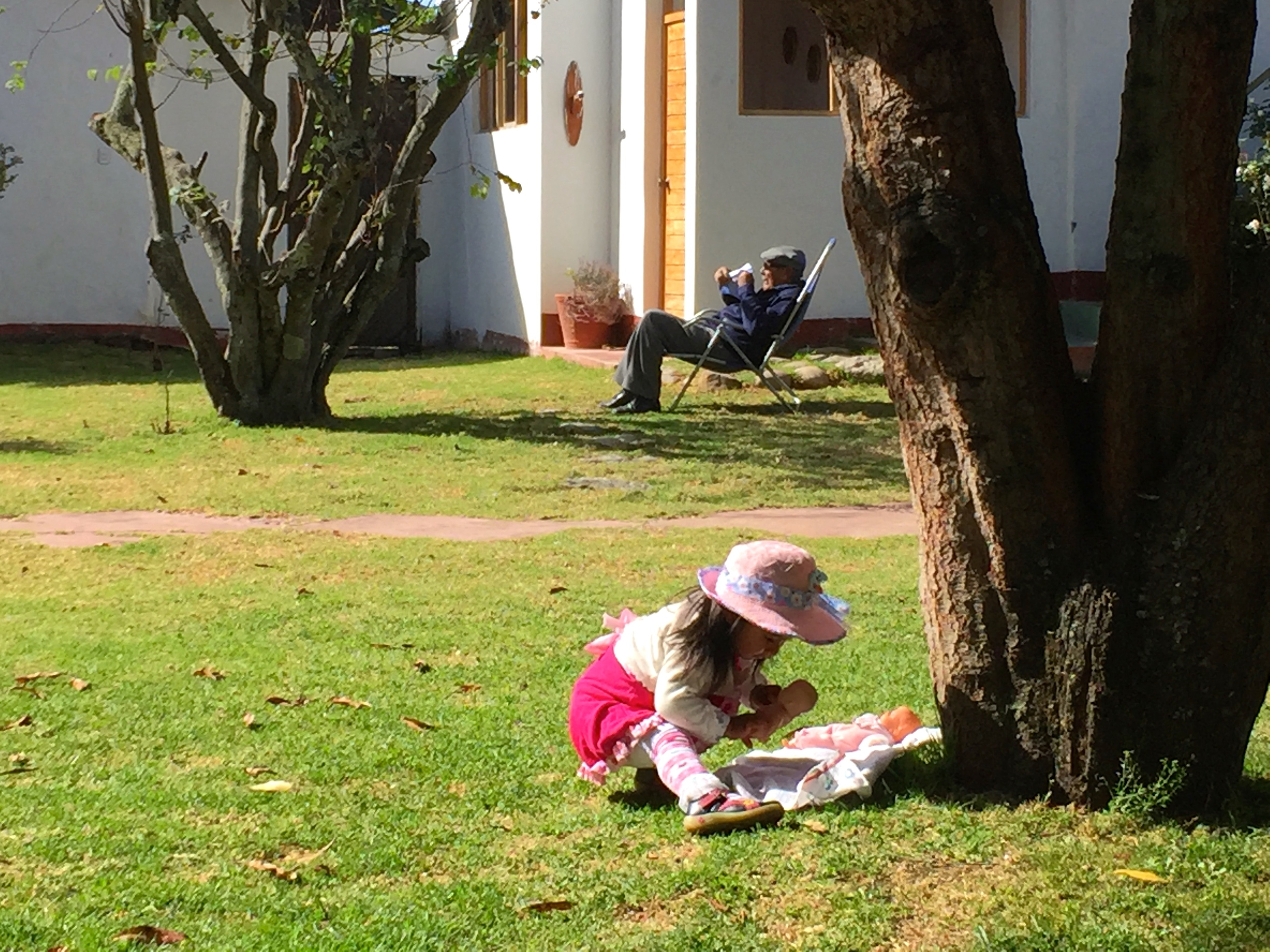 During the day, this little girl played while grandpa relaxed in the sun. It was a lovely family vibe.