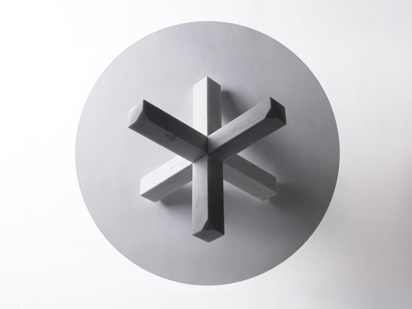 Hook Me Up Tavolo   Marmo di Carrara e Vetro   Minimal Design  Isabell Gatzen   Spazio Materiae   Napoli