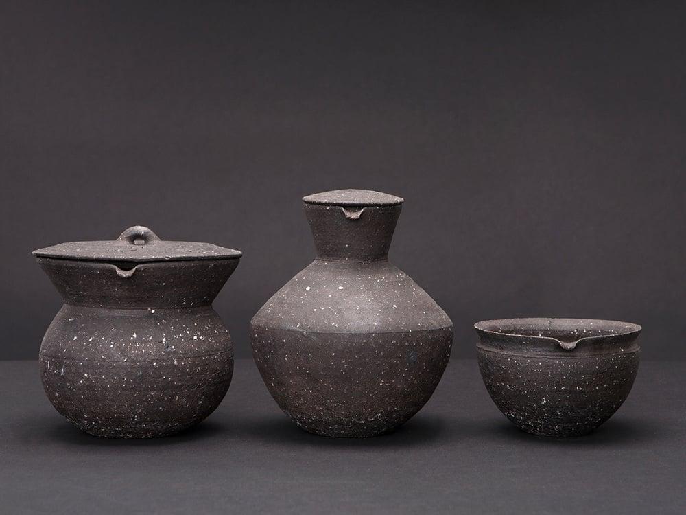 form origin water pitches brocca acqua perla valtierra mexican ceramics design ceramiche colorate mediterranee spazio materiae napoli2.jpg