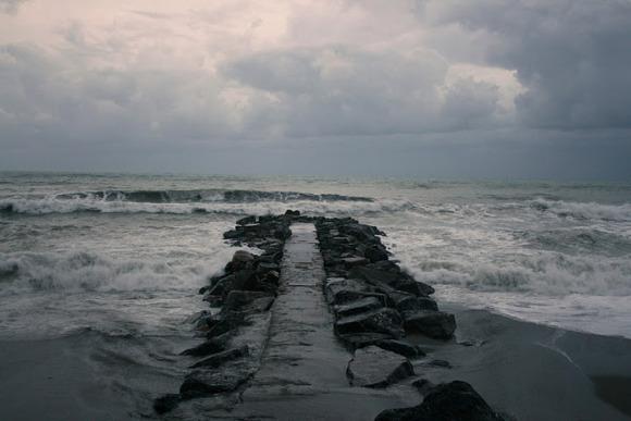 31 October 2008 Rough sea in Levanto, Liguria (northwestern Italy).