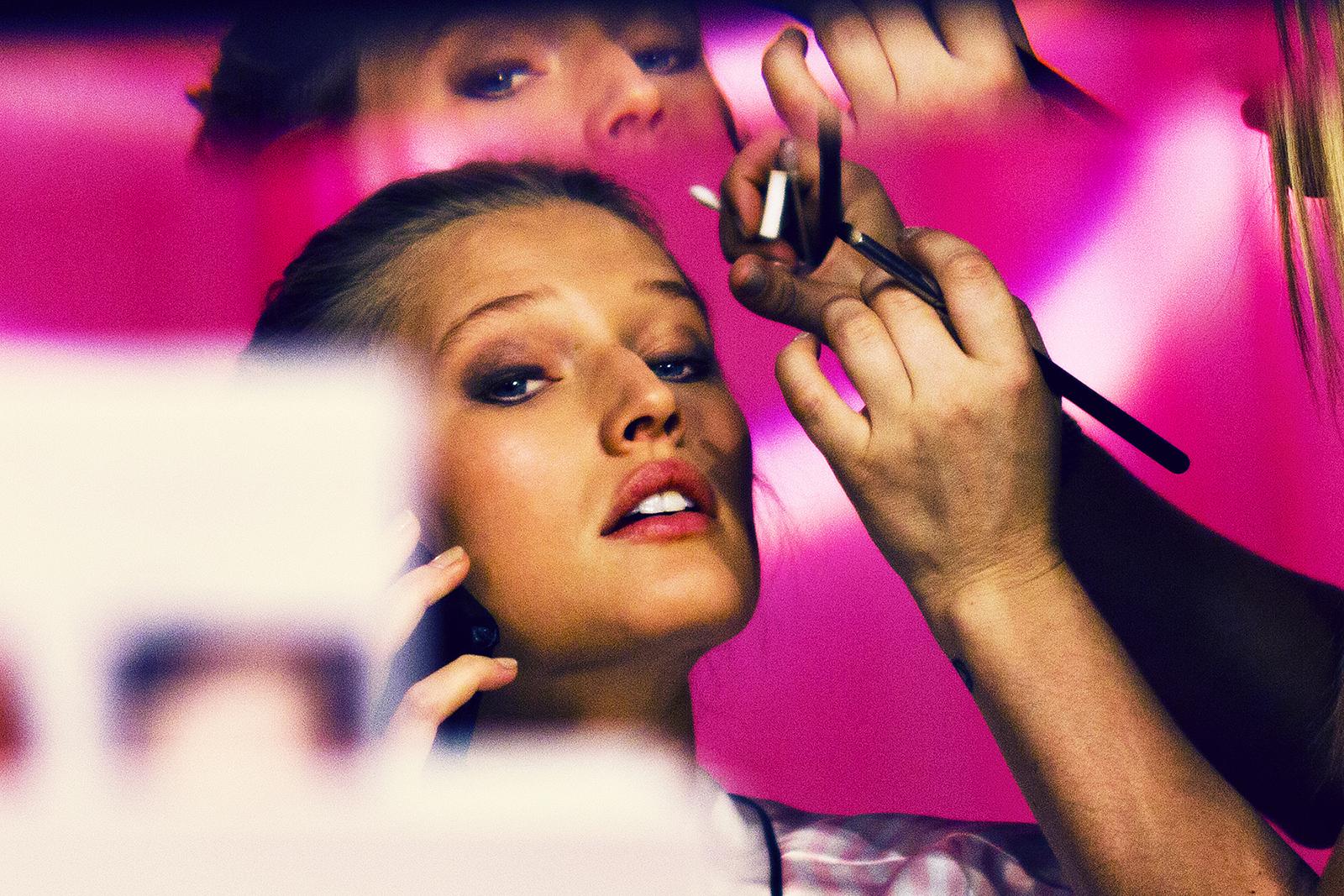 Toni Garrn  Victoria's Secret 2013 Show