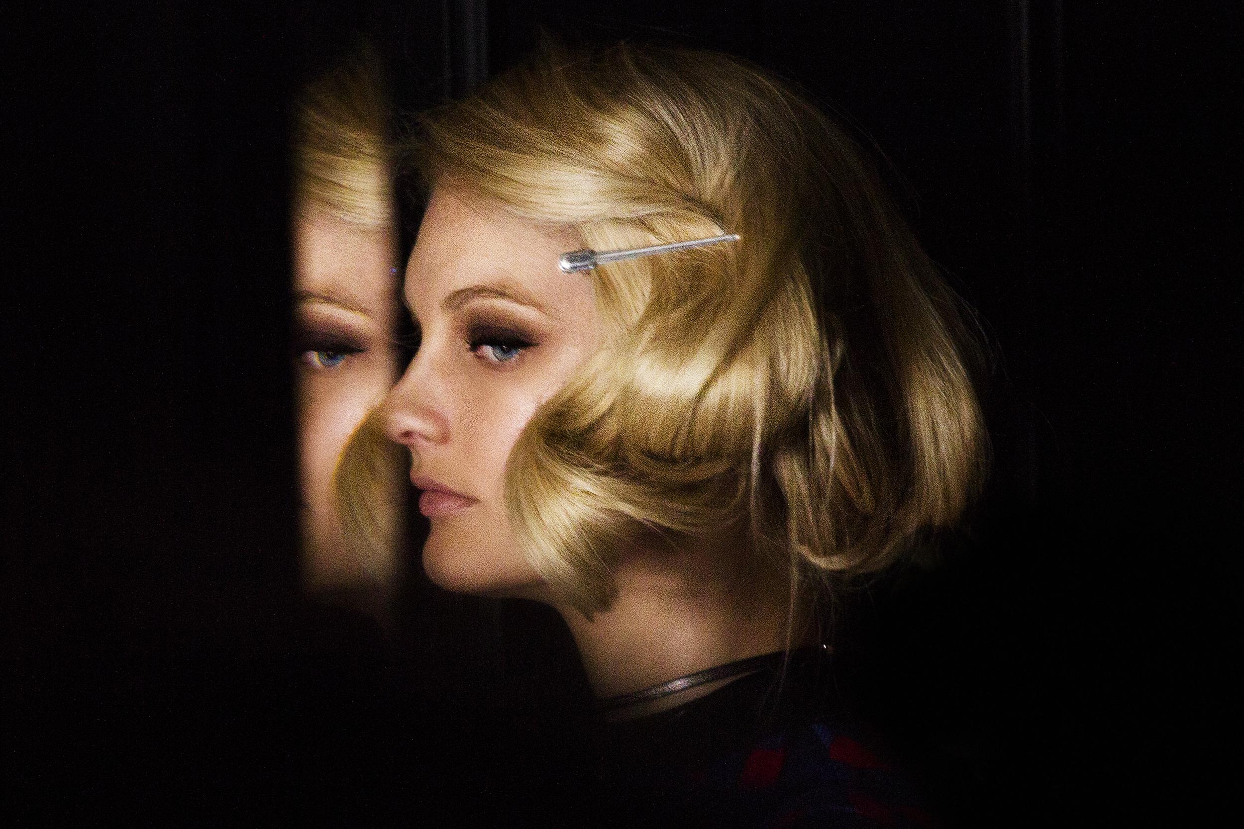 Patricia van der Vliet  John Frieda Brilliant Blonde TV Spot