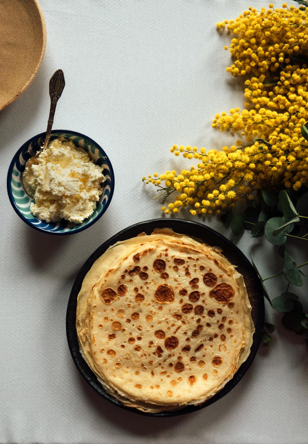 Traditional Asturian frixuelos / Foods from Asturias 02