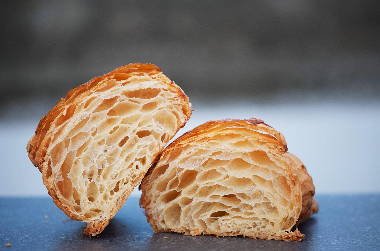 Croissants de Pasteleria Cabo Busto, Asturias | Monica R. Goya