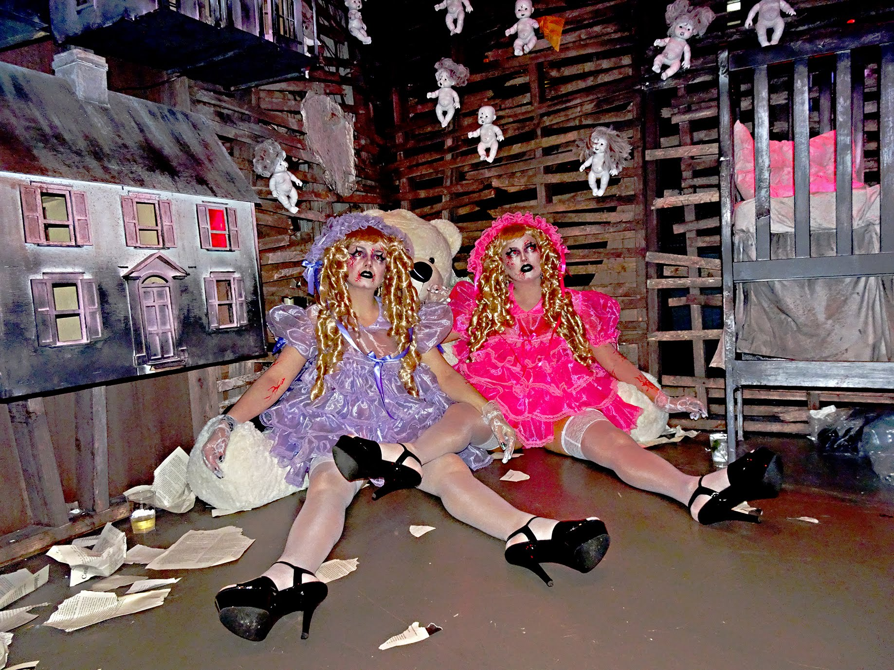 MANOR849-Dolls-02.jpg