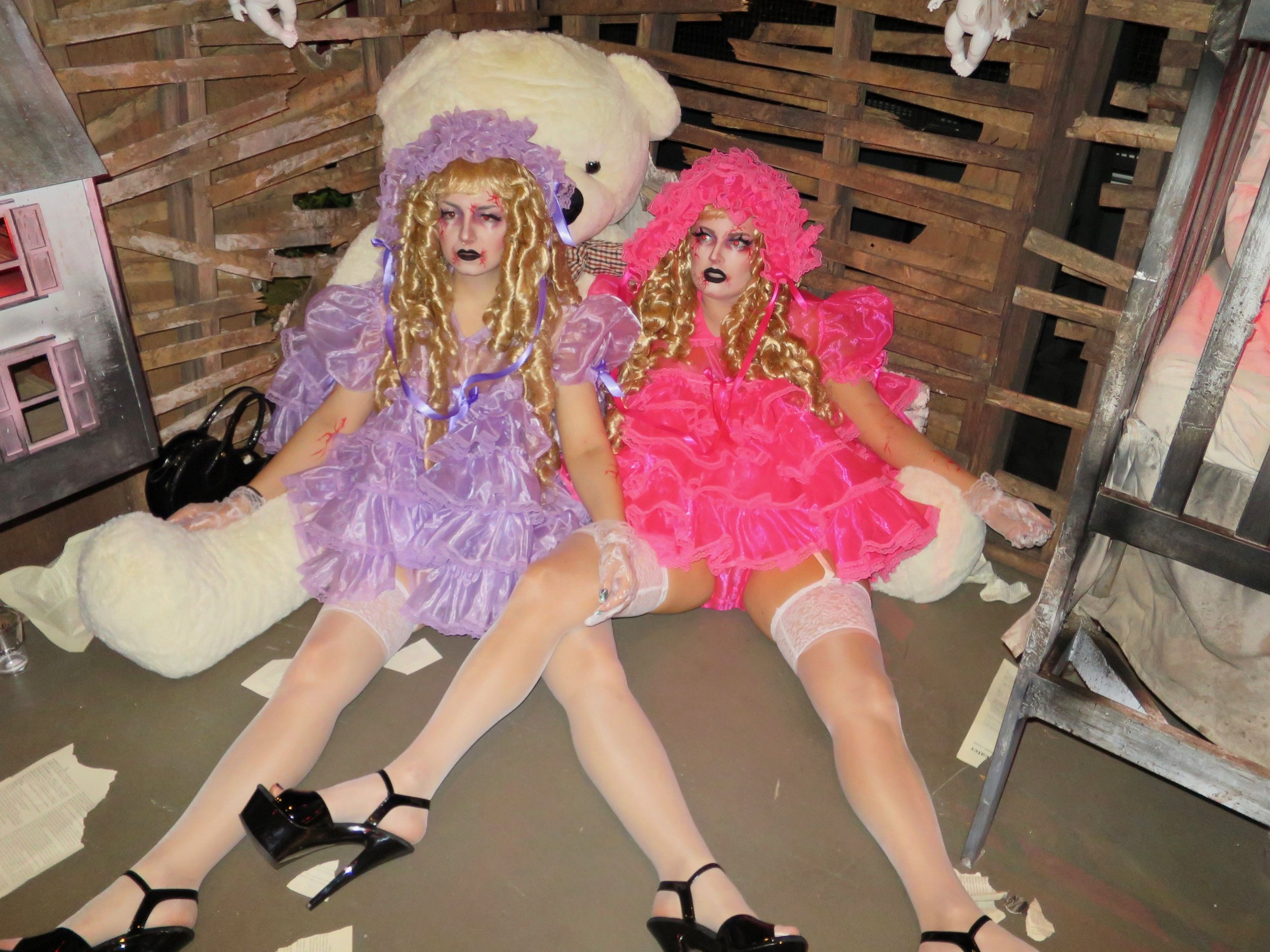 MANOR849-Dolls-01.jpg