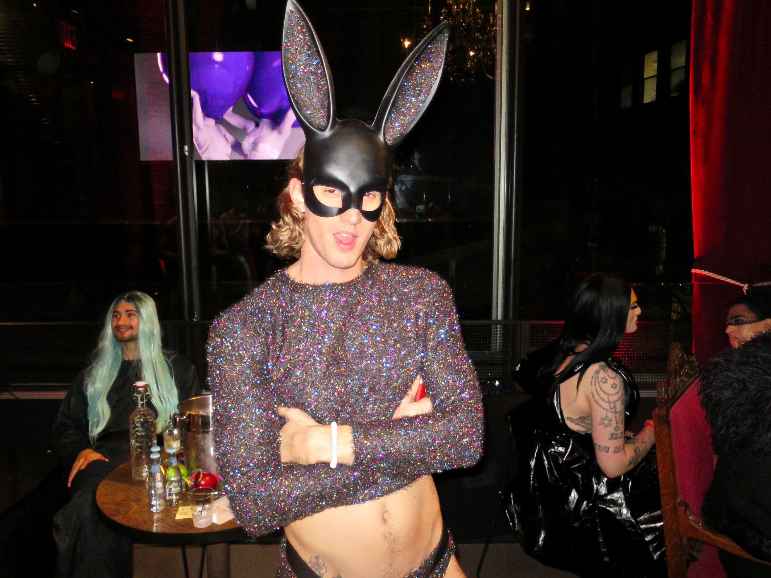 MANOR849-Playboy-02.jpg