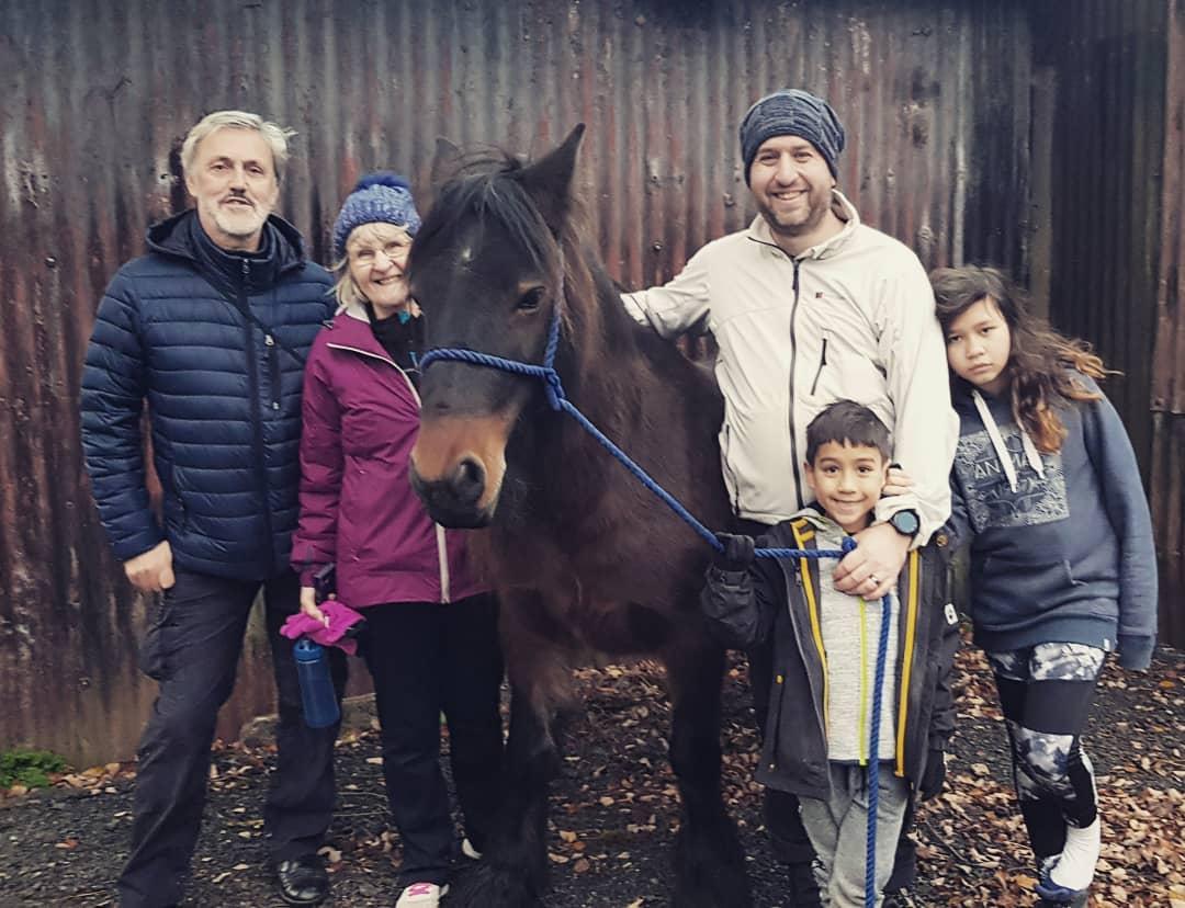 Stuart, Lynda, Richard, Matthew and Amanda with Hades Hill Pansy