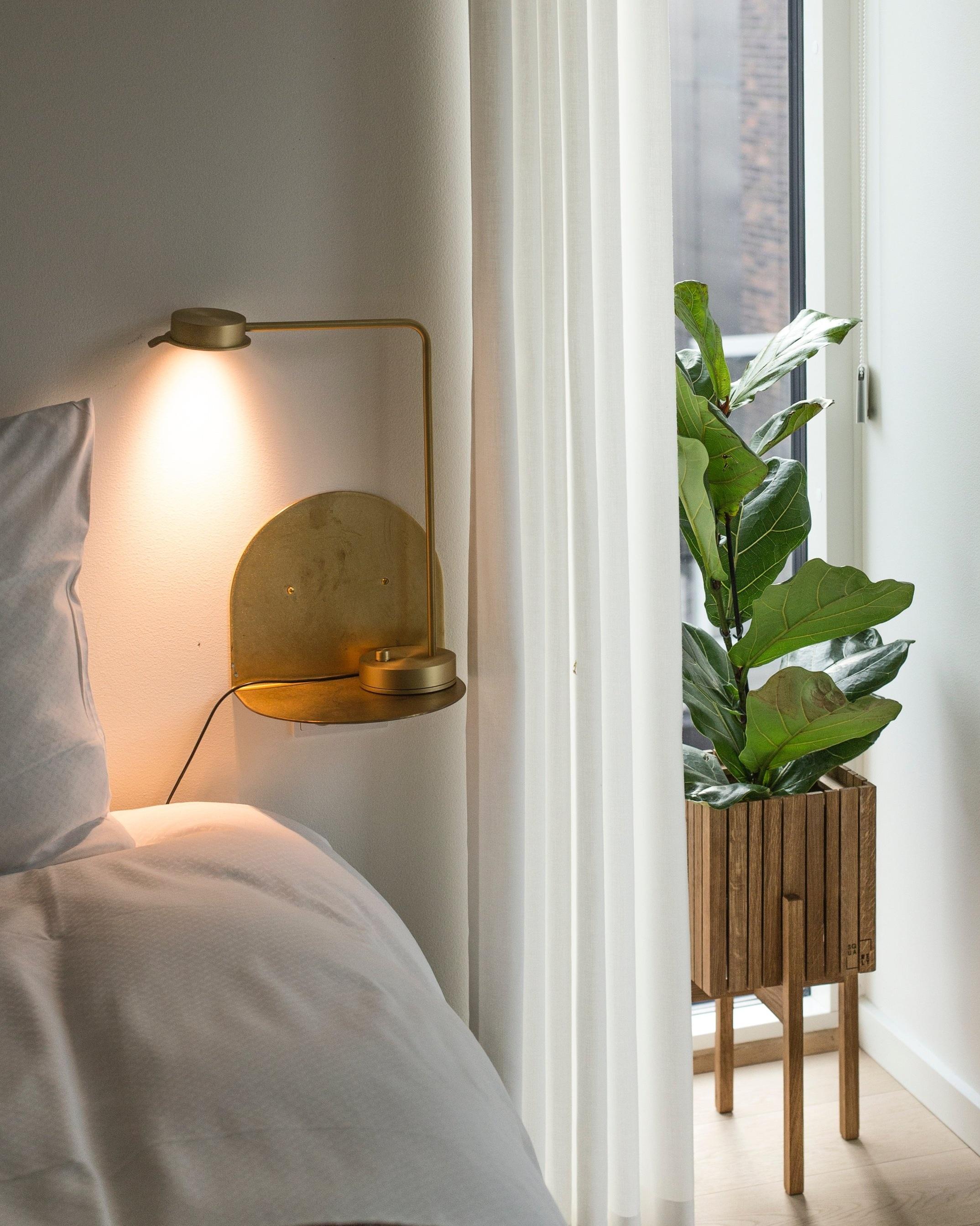 kourtney-murray-chicago-real-estate-white-bedroom.jpg