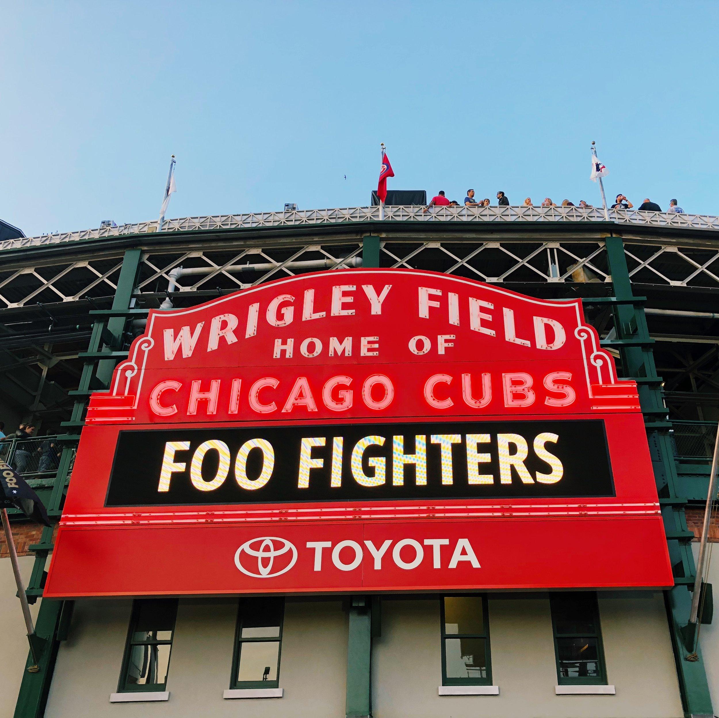 Foo-fighters-Wrigley-field-chicago-5.jpg