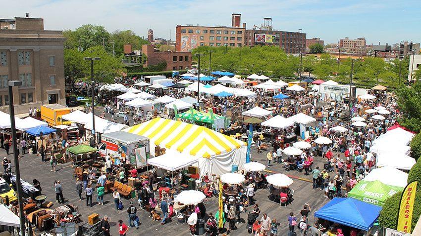 randolph-street-market-chicago.jpg