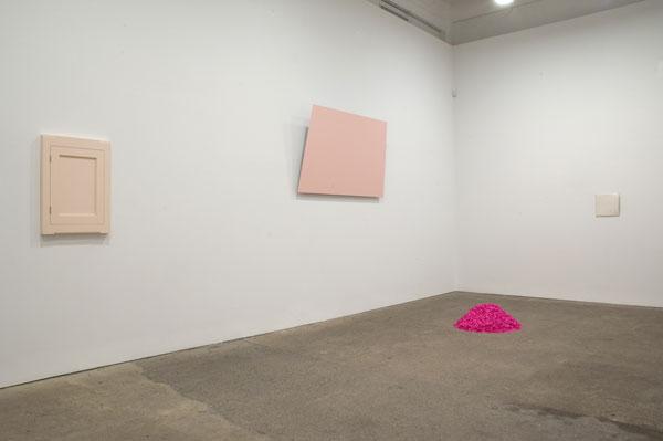 Spectrum-installation-view-(pink&white)_web.jpg