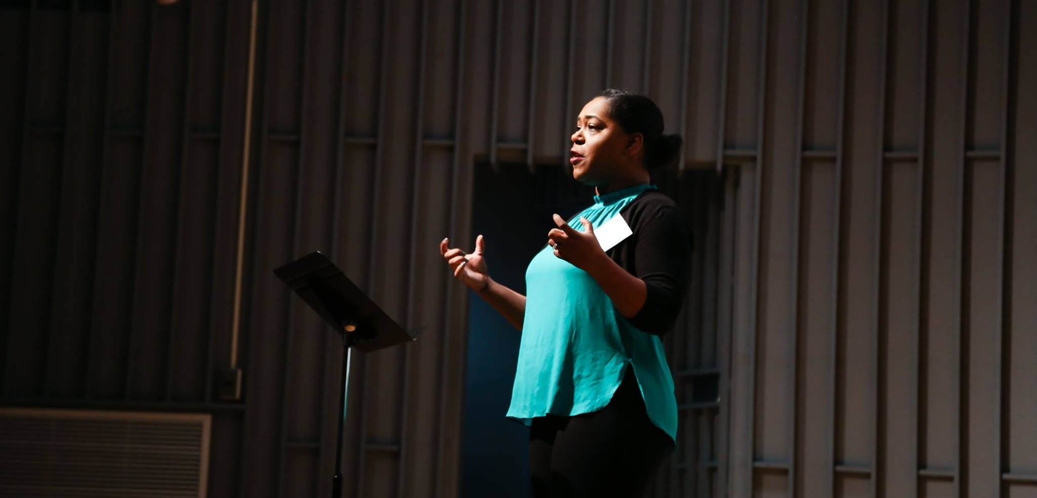 Torrie Wiggins Presenting at StateraConIII in Milwaukee. (Photo by Malloree Delayne Hill)