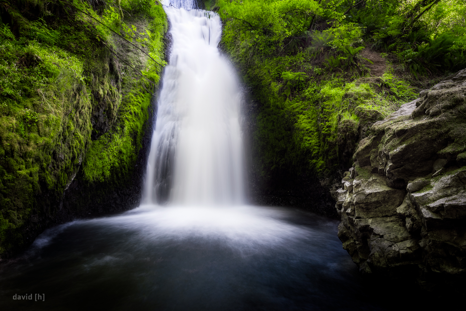 Bridal Veil Falls are located a few minutes off the Columbia River Gorge Scenic Highway!