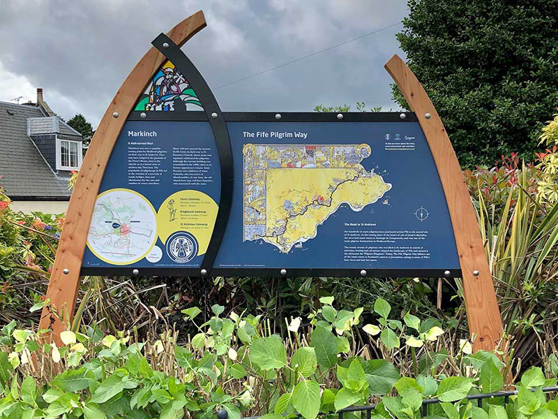 Completed Gateway Interpretation Sign at Markinch
