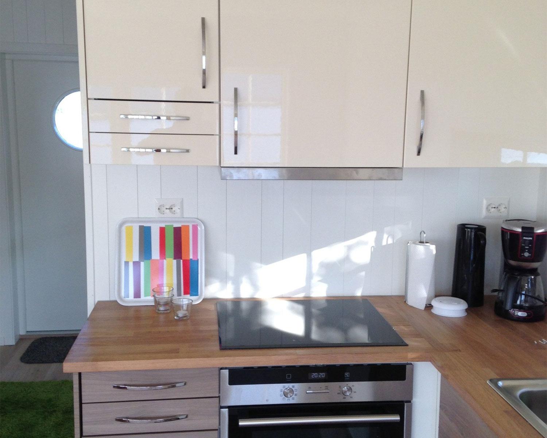 House-Flua,-Kitchen.jpg