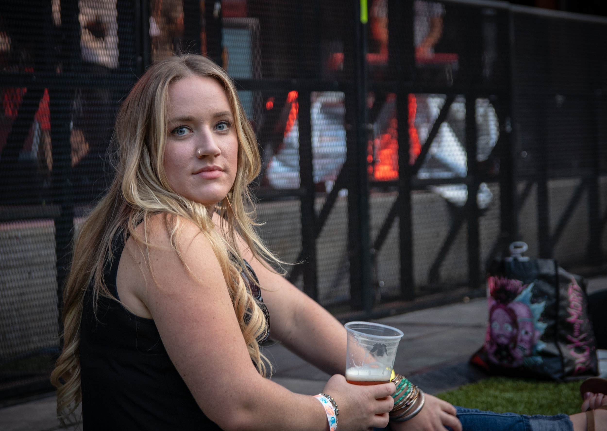 blonde-girl-britt-festival-2018
