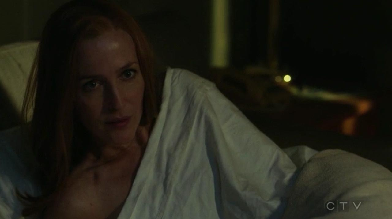 the-x-files-scully-bed.jpg