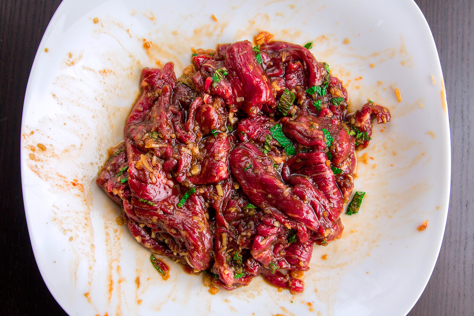 Gorgeous looking marinade with aromas of Lemongrass and mint.