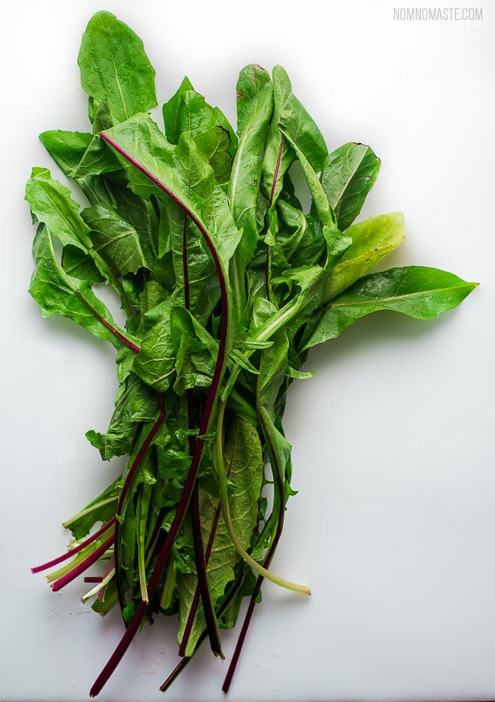 Steak_Dandelion-Greens_Carrots_Chimichurri_SayNomaste_1.png