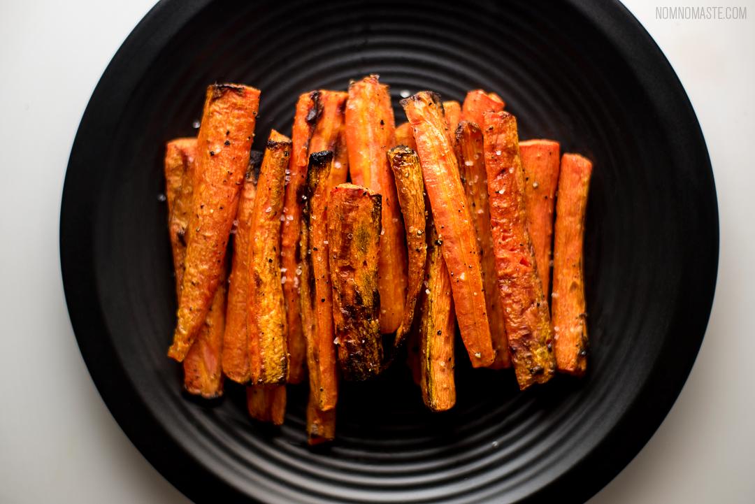 Steak_Dandelion-Greens_Carrots_Chimichurri_SayNomaste_6.png