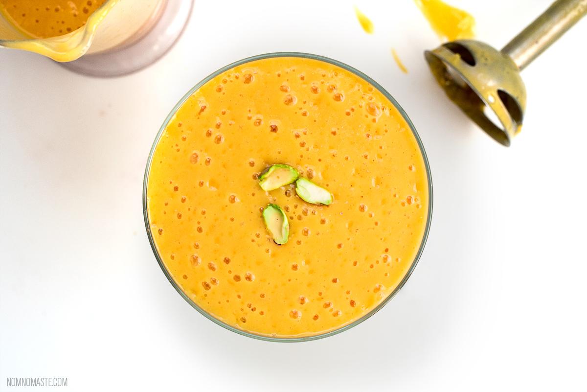 Mango-Vanilla-Cardamom-Vegan-Energy-Protein-Smoothie_Nomaste_9