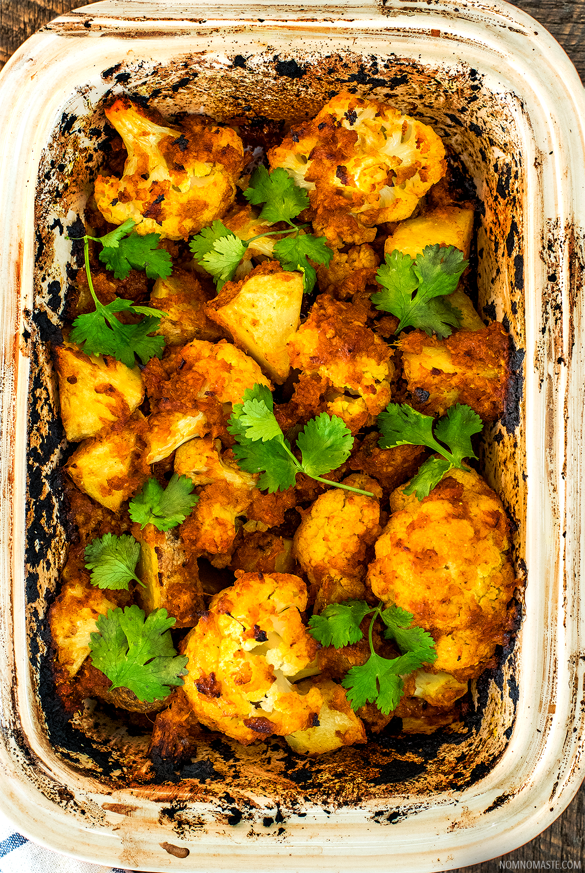 Spicy-Baked-Cauliflower_Vegetarian_Indian_Vegan_Easy_SayNomaste_2.png