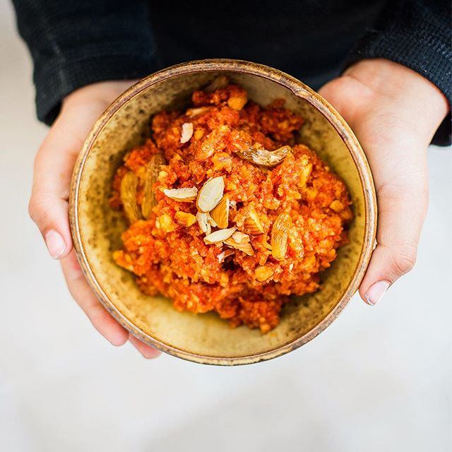 Why doesn't my Mom move here already?! Gaajar Ka Halwa (Carrot Pudding) all the way from India, packaged, wrapped in a bow and made by Mom, enjoyed by my son 👶🏼and me 🙋‍♂️and my wife 🙋‍♀️and the twins 🐵🐵 is the best thing ever! . . . . #india #eat #foodporn #f52grams #dessert #healthyfood #cleaneating #thefeedfeed @thefeedfeed #vegan #vegetarian #family #love #mother #indianfoodbloggers #ct #saynomaste @pinchofyum @amul_india #instagood #connecticut #cteats #indianfood #indianamerican #onmytable #food