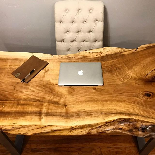 What kind of work could you get done at this desk? One of a kind, solid slab, live edge 😍 Available now on our website!