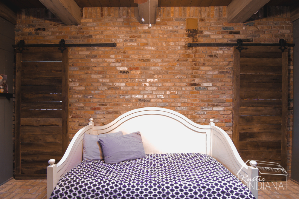 Rustic Indiana Reclaimed Barn Wood Furniture-14.jpg