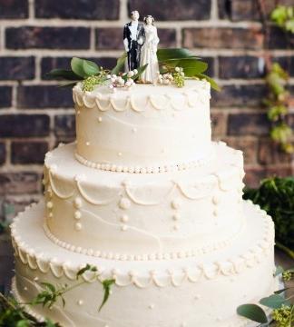 lauren-jake-wedding-cake-7391-s111838-0315_vert.jpg