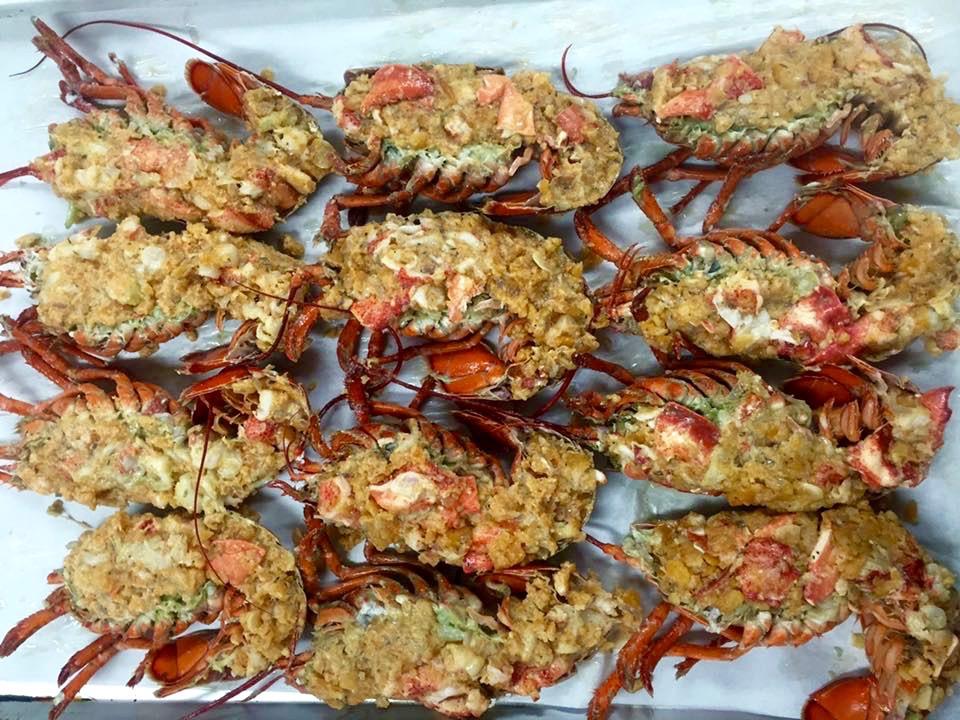 Stuffed lobster.jpg