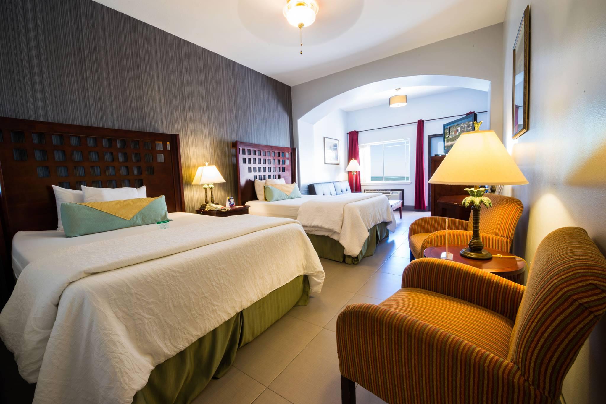 2-queen-room.jpg