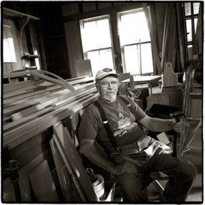 Otto Schoenstein. Photo courtesy Juliana Thomas and David Berson from the book Workers on the Waterfront.