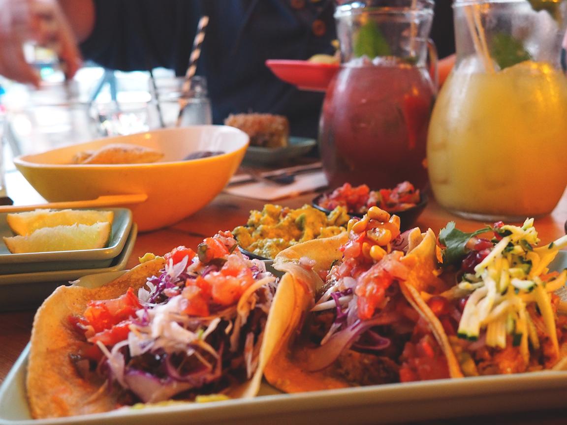 Fonda Mexican Hawthorn Blog Review - taco trio 2