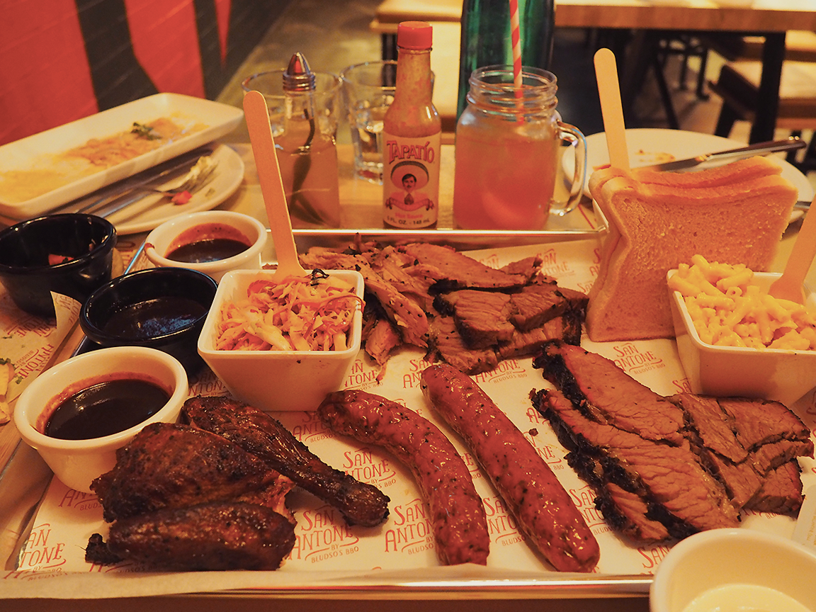 San Antone by Bludso's BBQ - Blog Review Share Platter