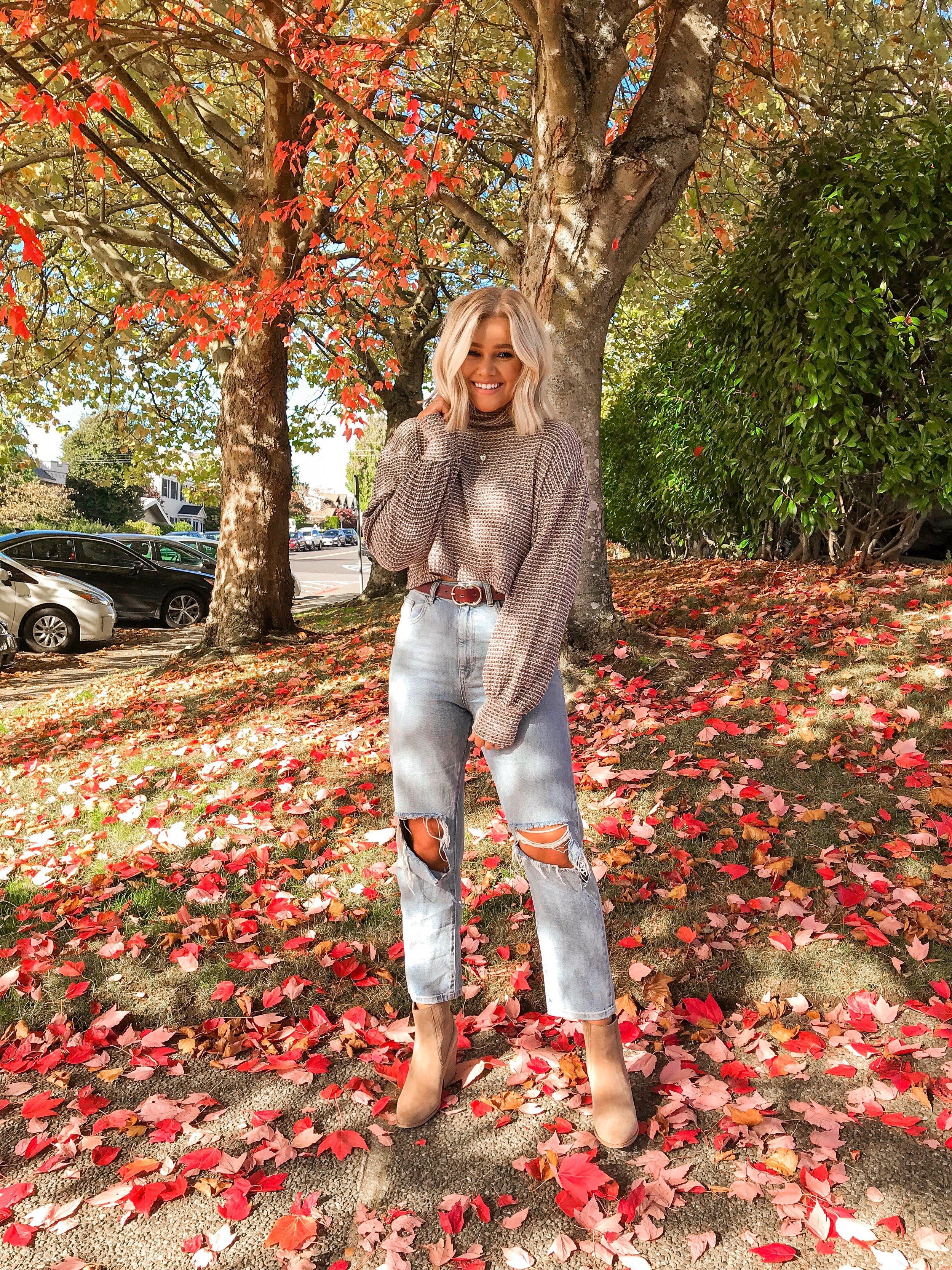 Bre Sheppard : Free People : Leaves : Fall Inspo : Boyfriends Jeans.JPG