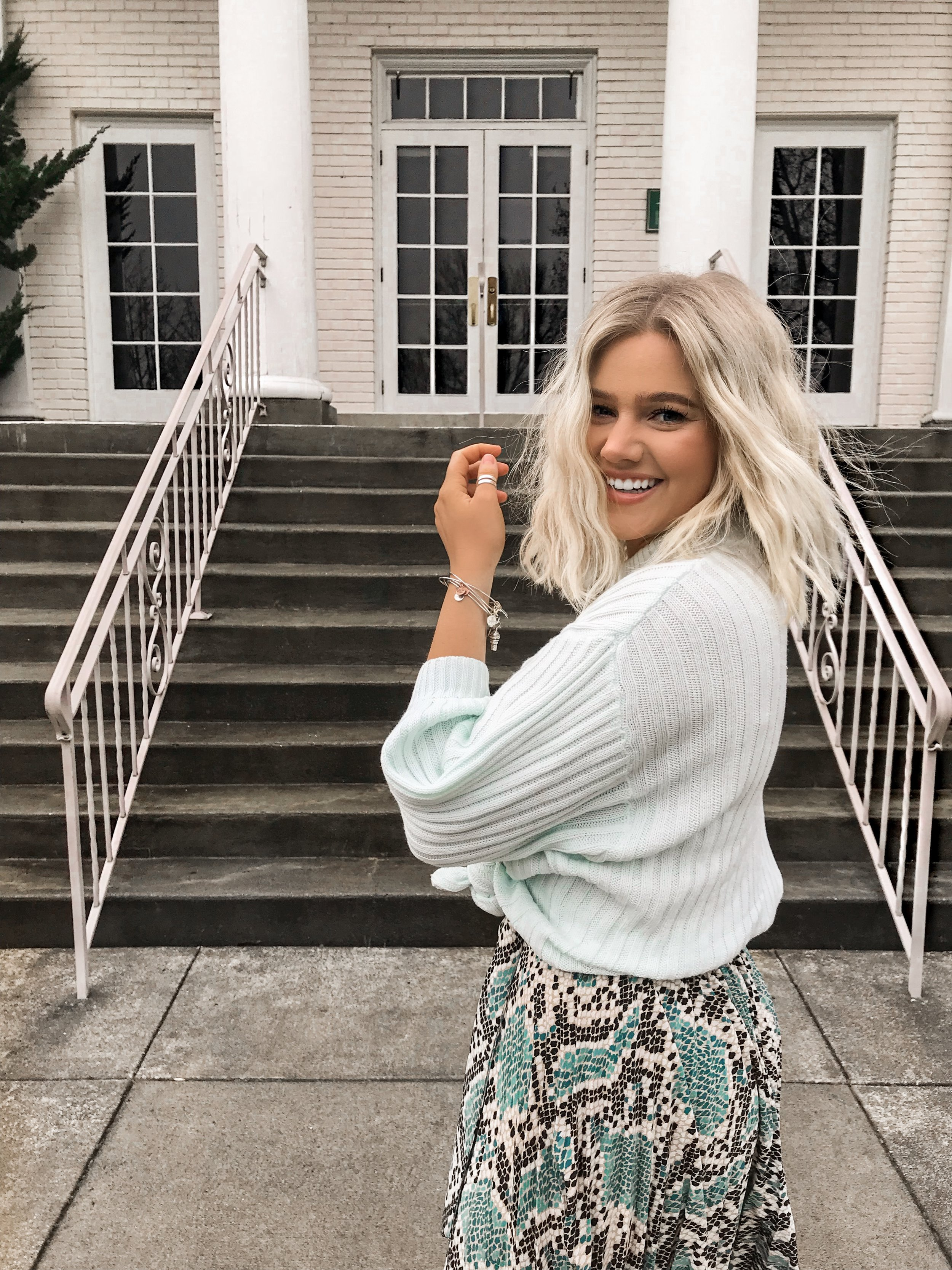 Bre Sheppard : Outfit Inspo : Spring Style : Topshop : Snakeskin : Blues.JPG