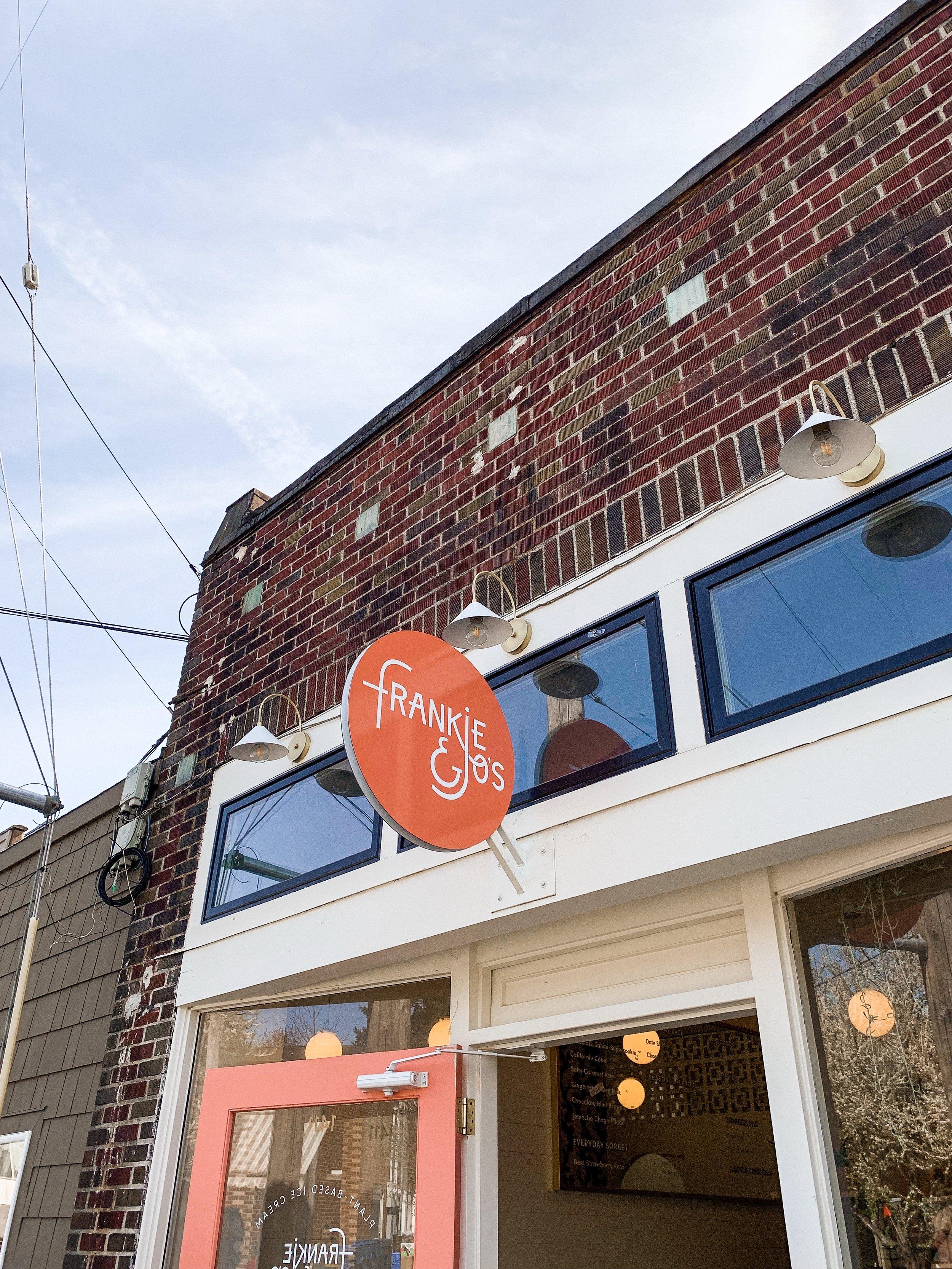 Seattle StayCation : Frankie & Jo's Ice Cream - bresheppard.com
