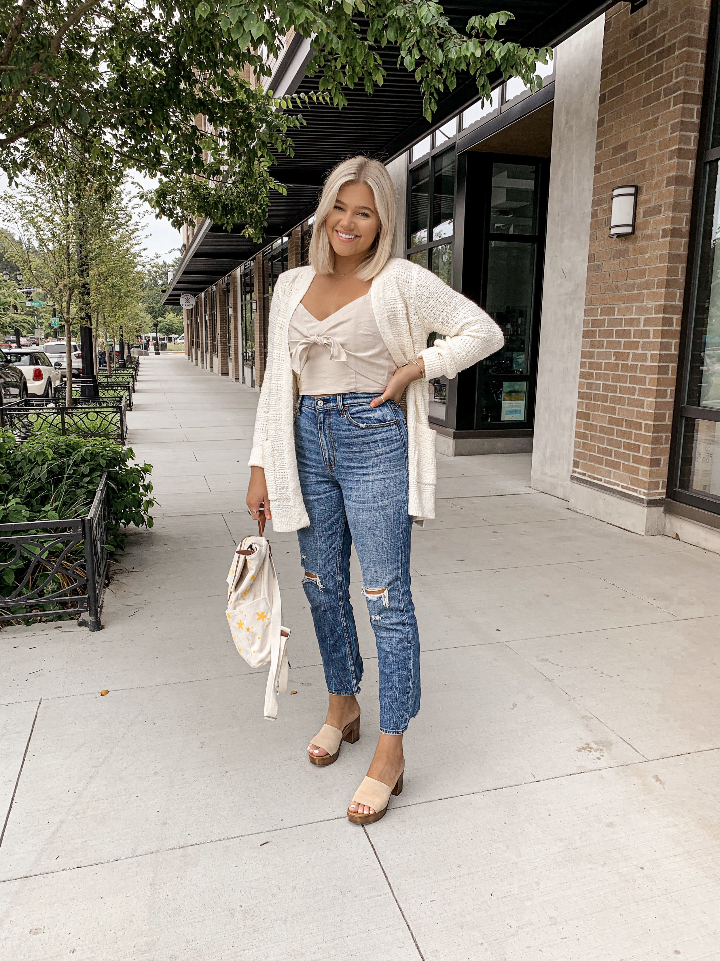 Abercrombie Fall Outfit + DIY Backpack Painting  - bresheppard.com.JPG