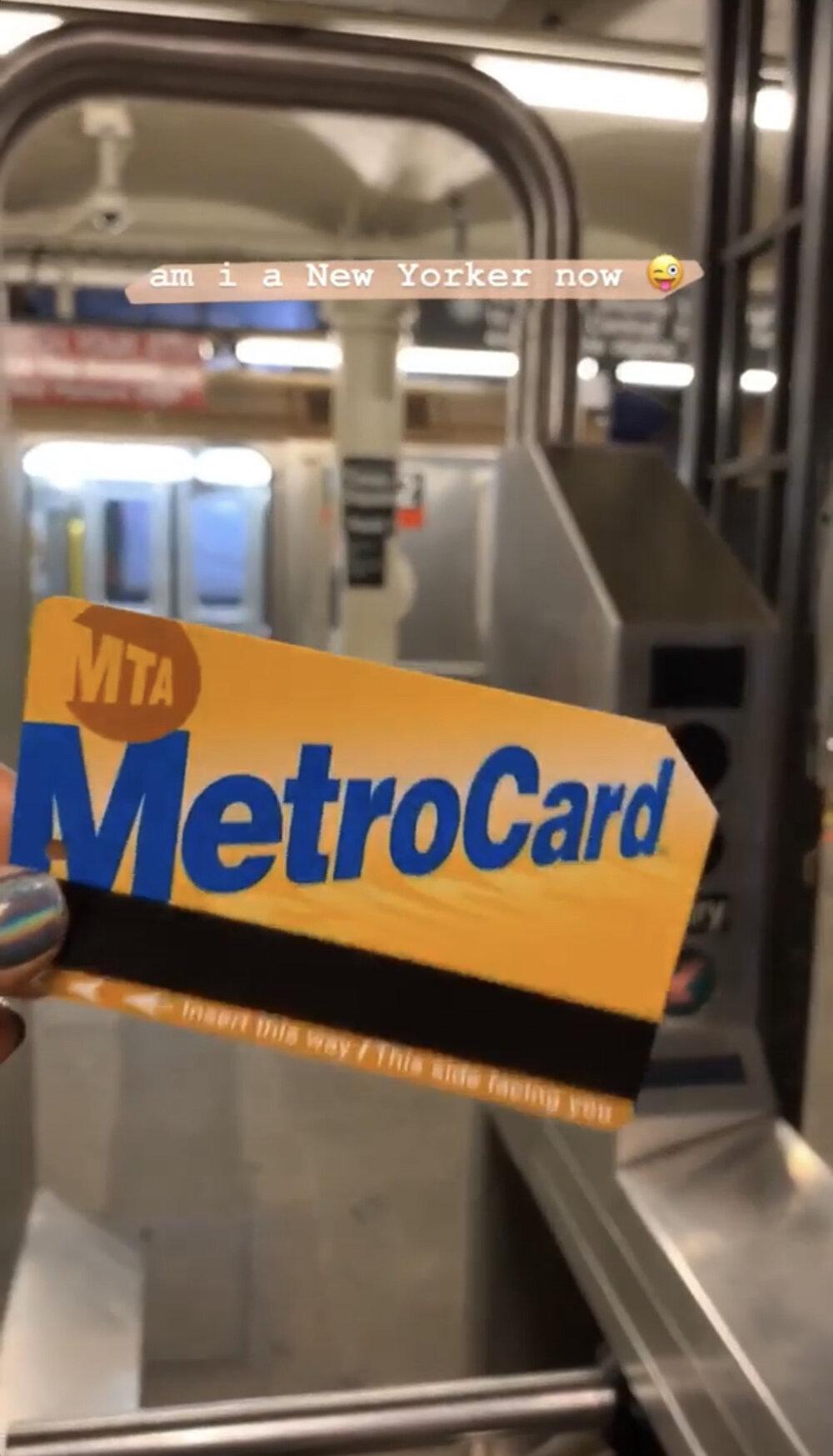bresheppard.com : NYFW 2019 Metro : Subway Riding.jpg