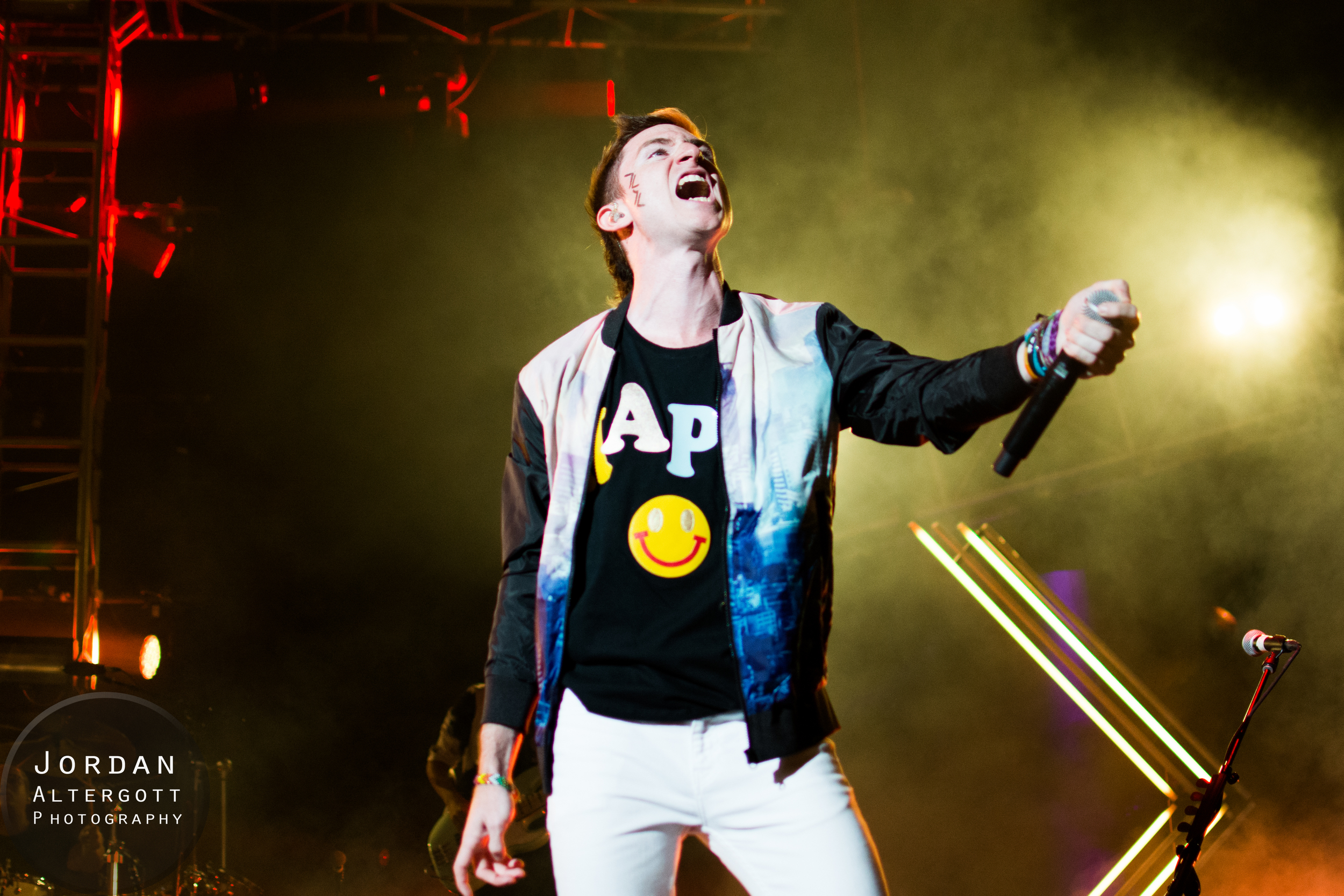 WalkTheMoon-6.jpg