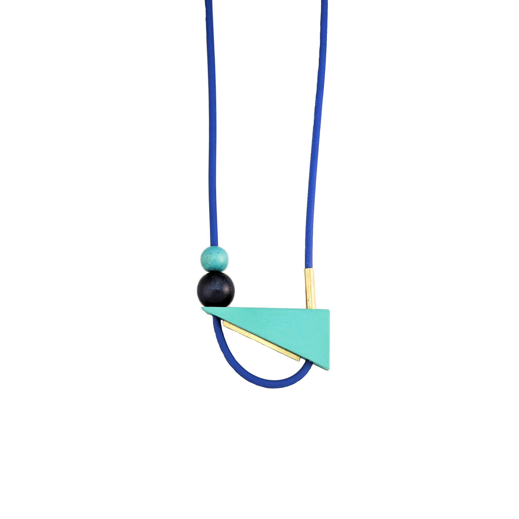 necklacewhite5.jpg