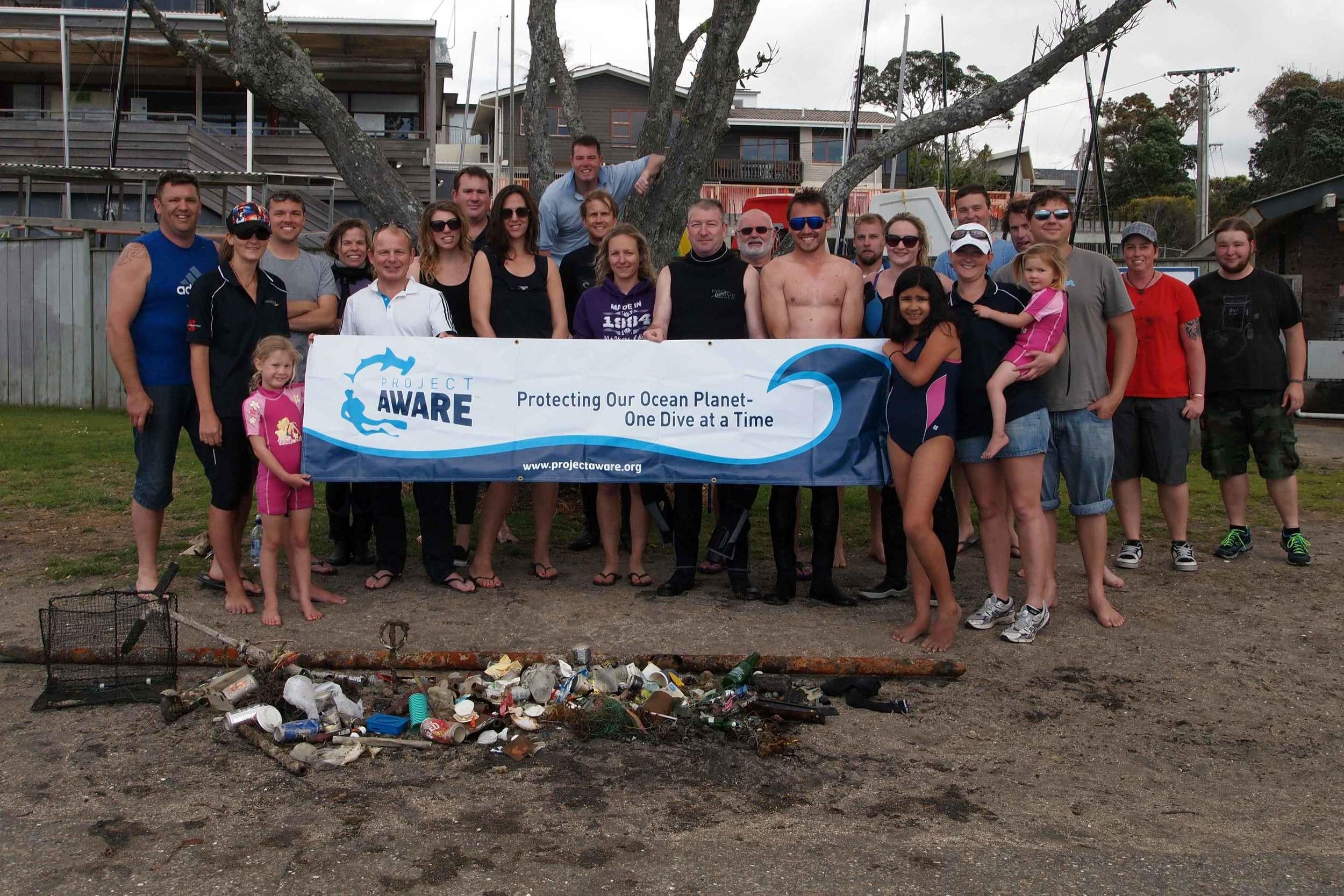 2014 Murrays Bay Dive for Debris